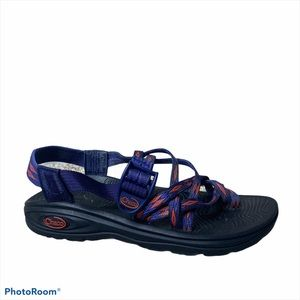 Chaco z/volv x2 Navy strappy outdoor trail Sandals